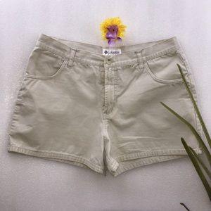 Columbia sportswear company khaki shorts size 14